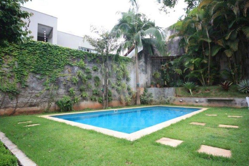 Casa de 5 dormitórios à venda em Jardim Guedala, São Paulo - SP