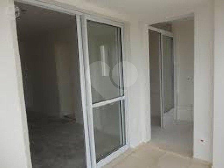 Apartamento de 2 dormitórios à venda em Vila Anastácio, São Paulo - SP