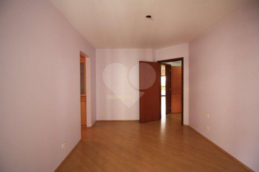 Apartamento de 4 dormitórios em Alto Da Lapa, São Paulo - SP