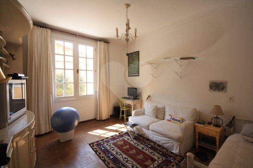 Padrão de 4 dormitórios à venda em Vila Ida, São Paulo - SP