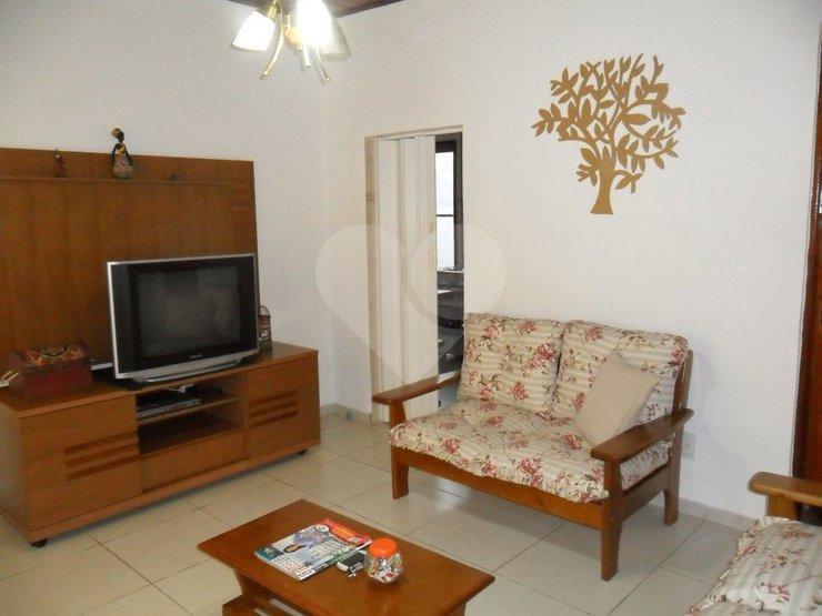 Casa de 2 dormitórios à venda em Lapa De Baixo, São Paulo - SP