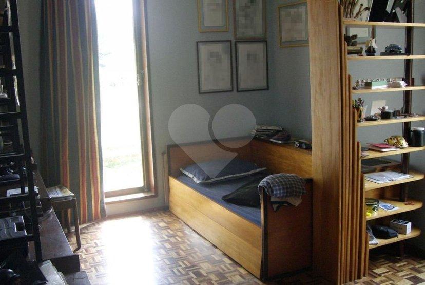 Casa de 3 dormitórios à venda em Parque Silvino Pereira, Cotia - SP