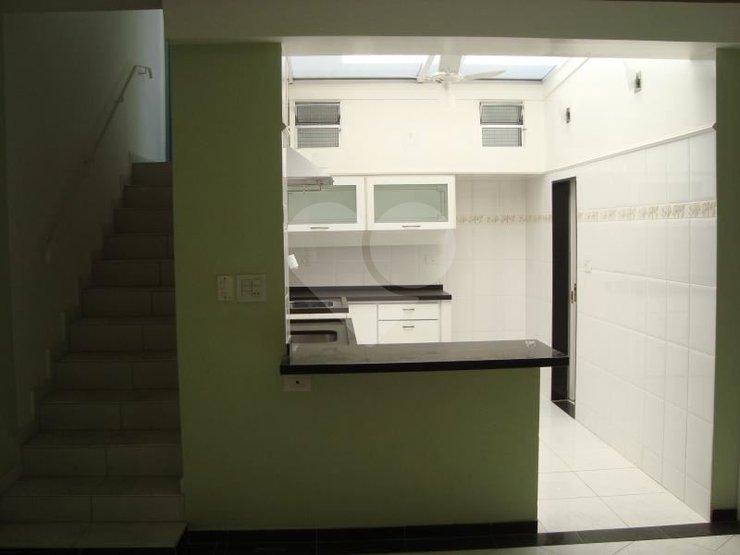 Casa de 2 dormitórios em Vila Madalena, São Paulo - SP