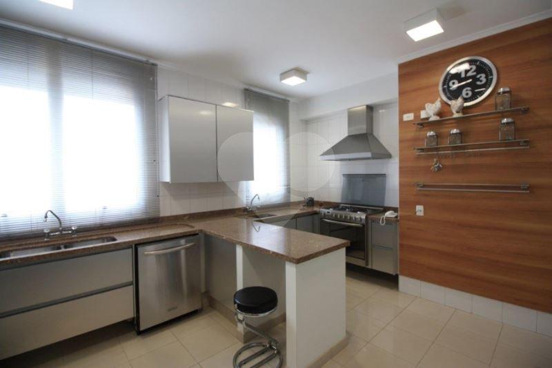 Apartamento de 4 dormitórios em Jardim Universidade Pinheiros, São Paulo - SP