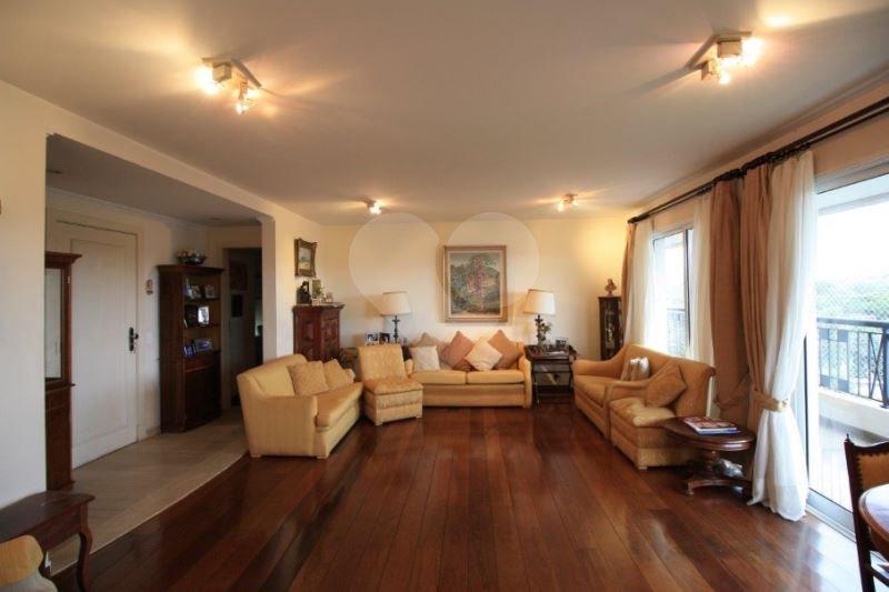 Apartamento de 4 dormitórios em Alto De Pinheiros, São Paulo - SP