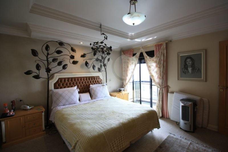 Apartamento de 4 dormitórios à venda em Paraíso Do Morumbi, São Paulo - SP