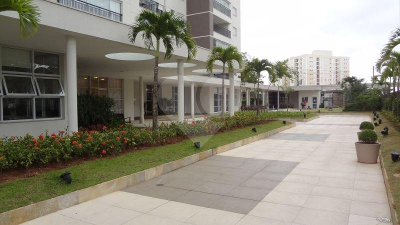 Apartamento de 3 dormitórios em Parque Reboucas, São Paulo - SP