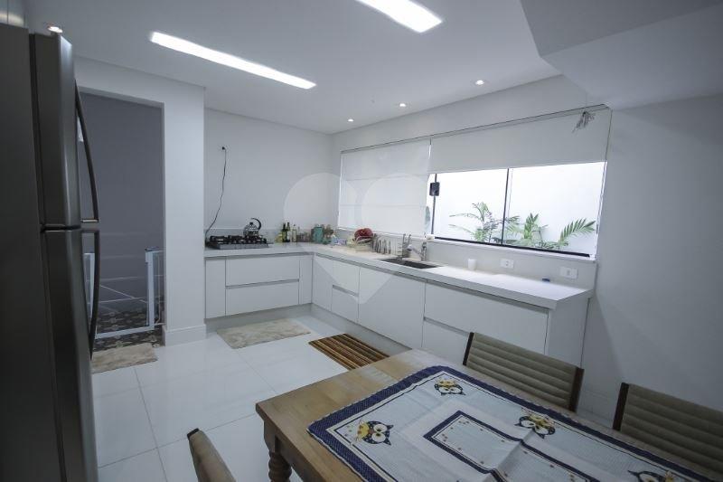 Casa de 3 dormitórios em Pacaembu, São Paulo - SP