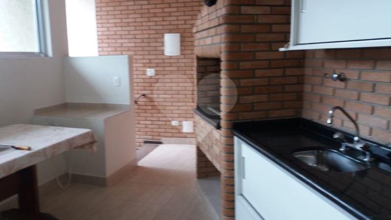 Casa de 4 dormitórios à venda em Parque Maria Domitila, São Paulo - SP