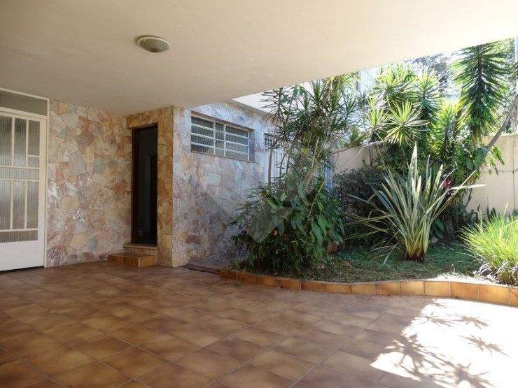 Padrão de 3 dormitórios à venda em Vila Madalena, São Paulo - SP