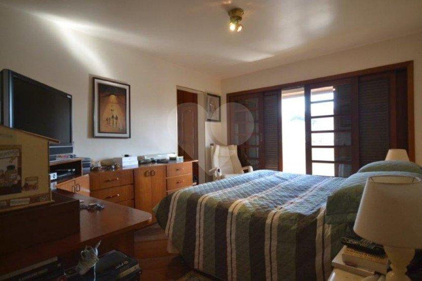 Casa de 3 dormitórios à venda em Jardim Colombo, São Paulo - SP