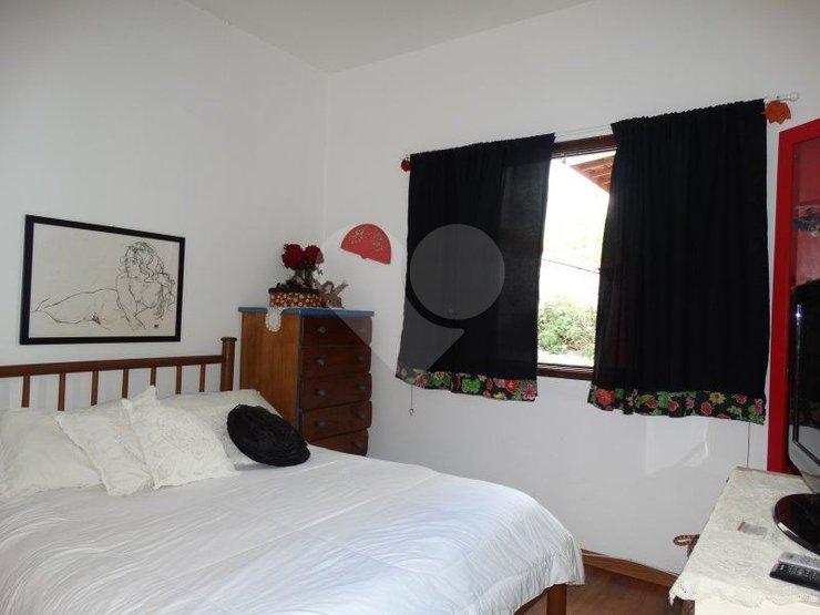 Casa de 4 dormitórios em Vila Pompéia, São Paulo - SP