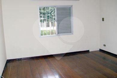 Casa de 3 dormitórios em Jardim Peri Peri, São Paulo - SP