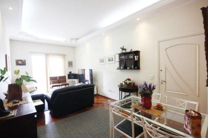 Casa de 3 dormitórios à venda em Vila Romana, São Paulo - SP