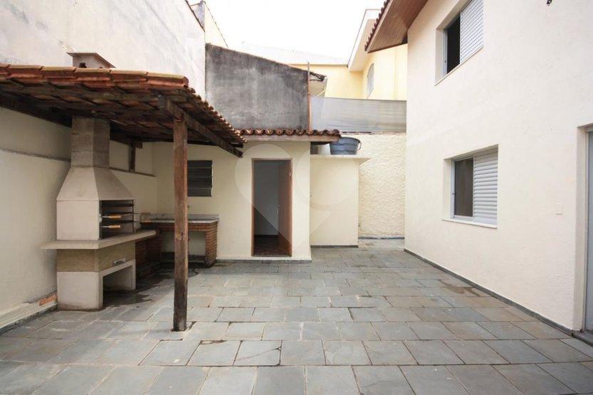Casa de 4 dormitórios em Vila Madalena, São Paulo - SP