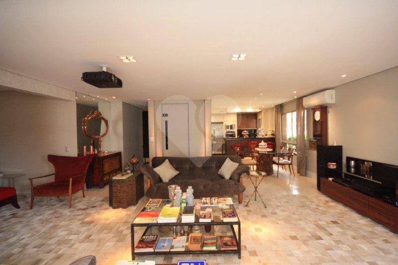 Apartamento de 2 dormitórios em Vila Madalena, São Paulo - SP