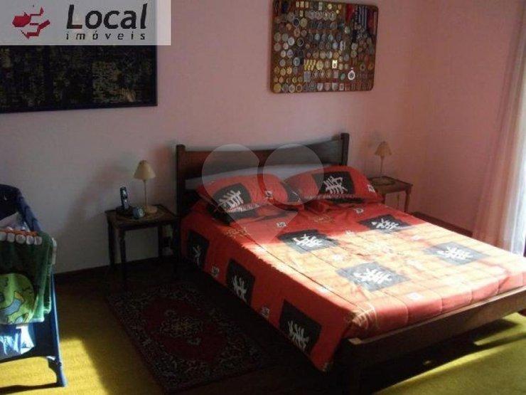 Casa de 4 dormitórios em Vila Ida, São Paulo - SP