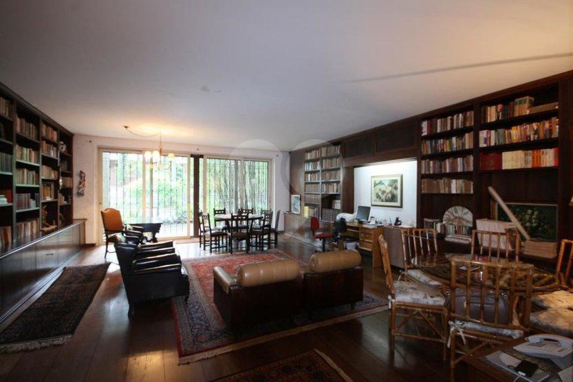 Casa de 5 dormitórios à venda em Vila Madalena, São Paulo - SP