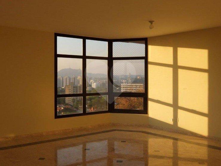 Apartamento de 3 dormitórios à venda em Alto Da Lapa, São Paulo - SP