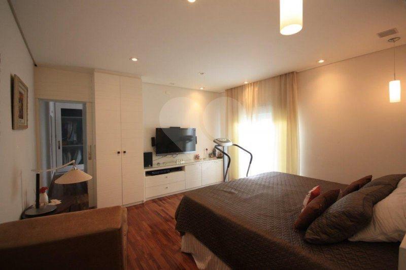 Casa de 5 dormitórios à venda em Bela Aliança, São Paulo - SP