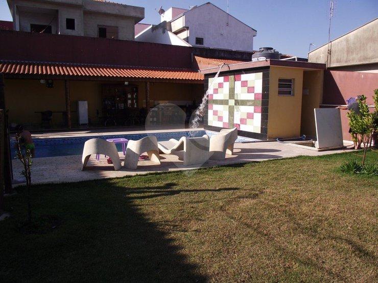 Casa de 3 dormitórios à venda em Jardim Celani, Salto - SP