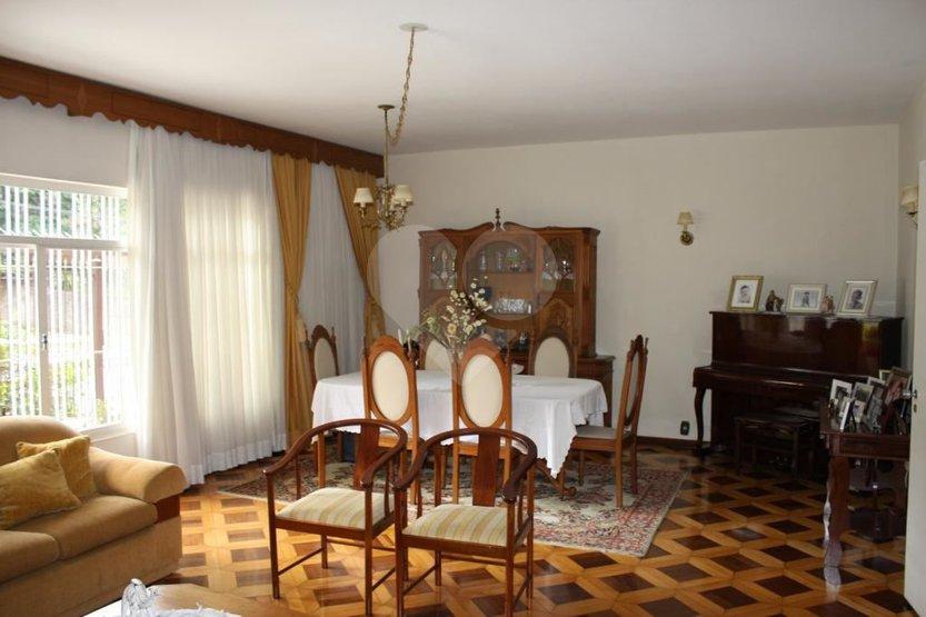 Padrão de 3 dormitórios à venda em Alto Da Lapa, São Paulo - SP