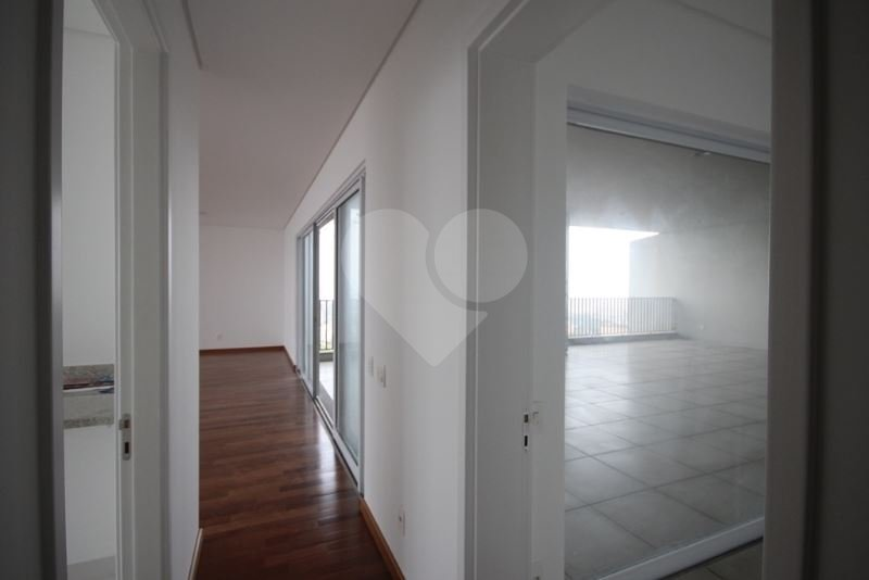 Apartamento de 3 dormitórios em Vila Ipojuca, São Paulo - SP