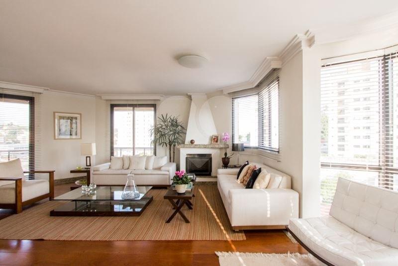Apartamento de 3 dormitórios à venda em Jardim Das Bandeiras, São Paulo - SP