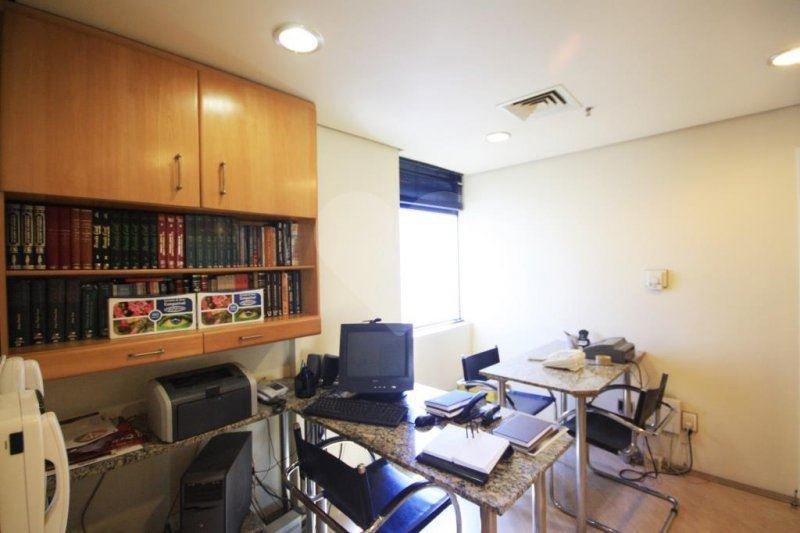Sala à venda em Perdizes, São Paulo - SP