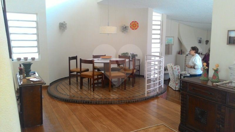 Casa de 3 dormitórios à venda em Vila Tramontano, São Paulo - SP