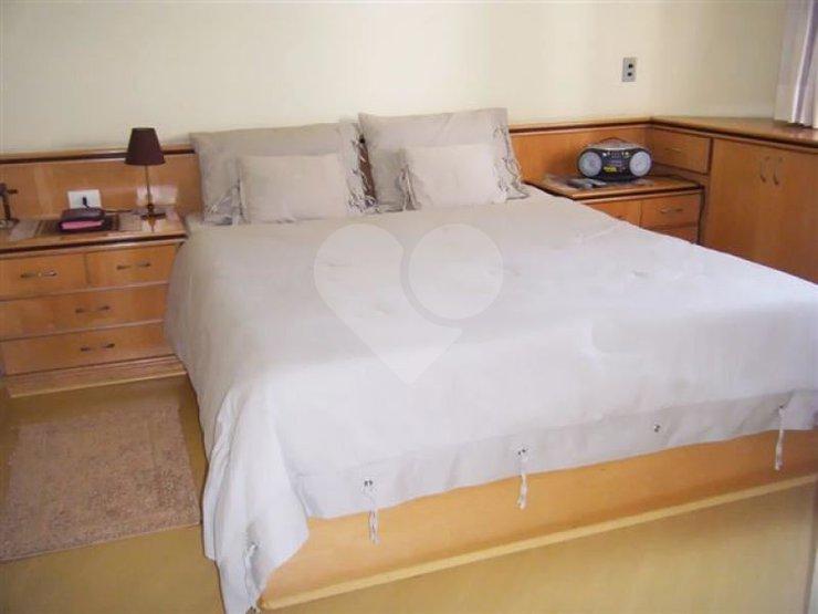 Apartamento de 3 dormitórios em Parque Bairro Morumbi, São Paulo - SP