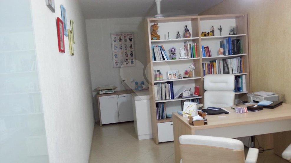 Padrão de 3 dormitórios à venda em Rolinópolis, São Paulo - SP