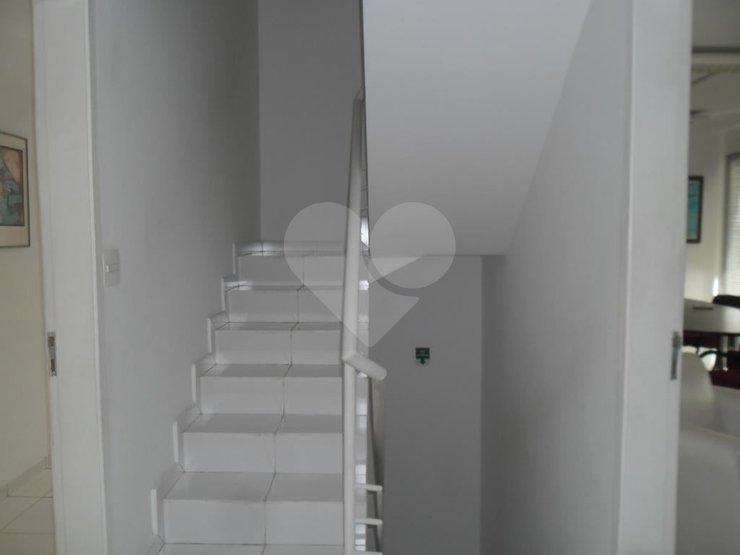 Padrão de 3 dormitórios à venda em Vila Andrade, São Paulo - SP