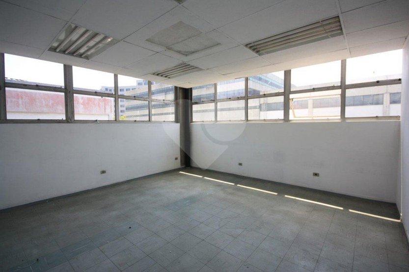 Prédio Inteiro à venda em Lapa De Baixo, São Paulo - SP