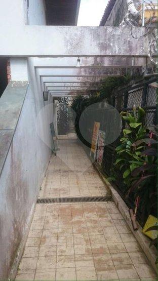 Casa de 4 dormitórios à venda em Jardim Leonor, São Paulo - SP