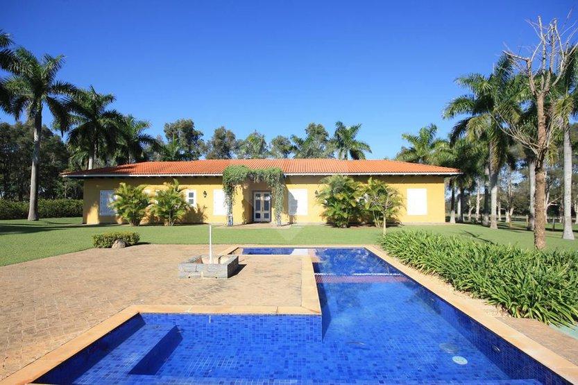 Padrão de 6 dormitórios à venda em Centro, Jaguariúna - SP