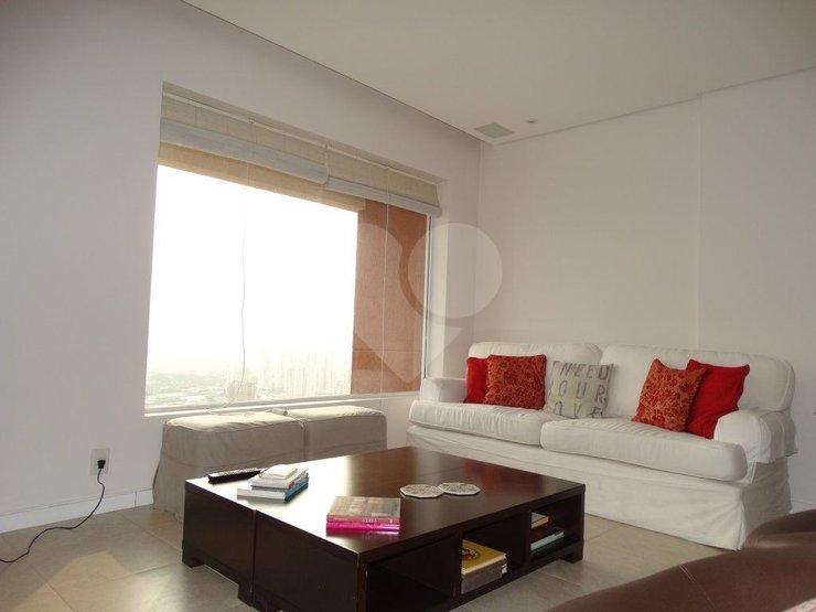 Cobertura de 2 dormitórios em Alto Da Lapa, São Paulo - SP