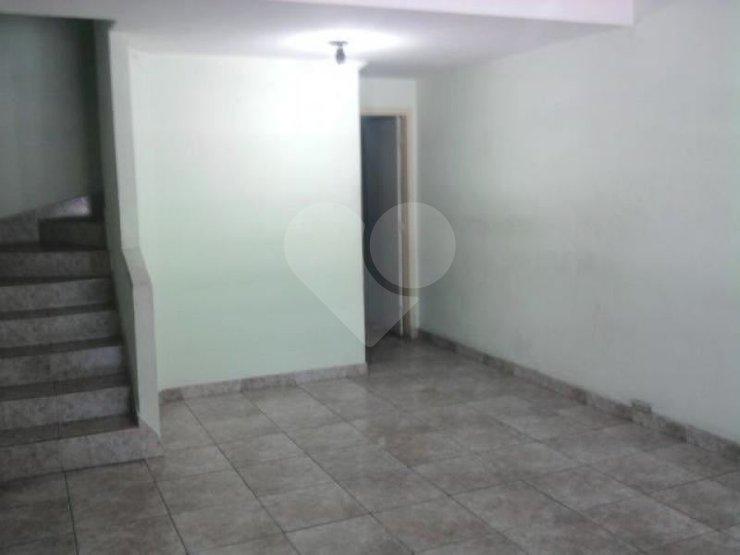 Casa de 2 dormitórios à venda em Centro, São Paulo - SP