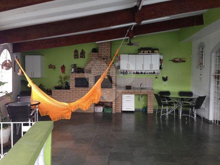 Casa de 3 dormitórios à venda em Moinho Velho, São Paulo - SP