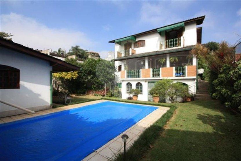 Casa de 4 dormitórios em Alto Da Lapa, São Paulo - SP