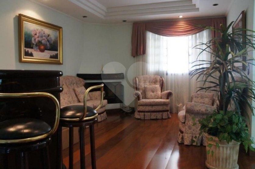 Casa de 4 dormitórios à venda em Vila Guedes, São Paulo - SP