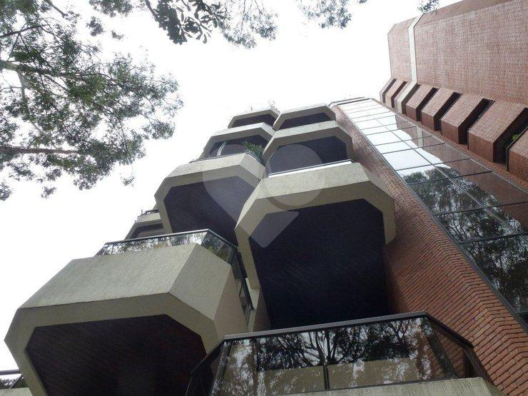 Apartamento de 3 dormitórios em Jardim Vitória Régia, São Paulo - SP