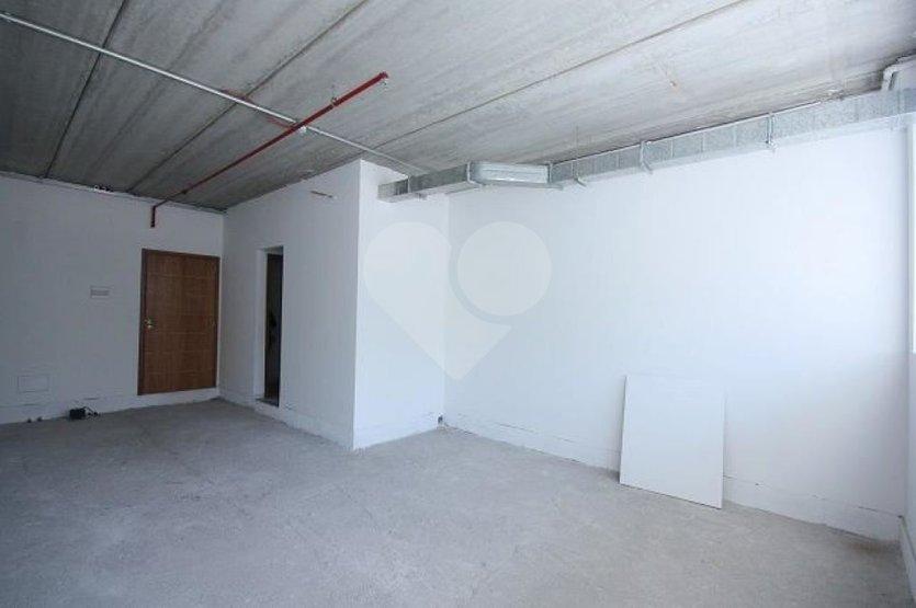 Sala à venda em Jardim Caboré, São Paulo - SP