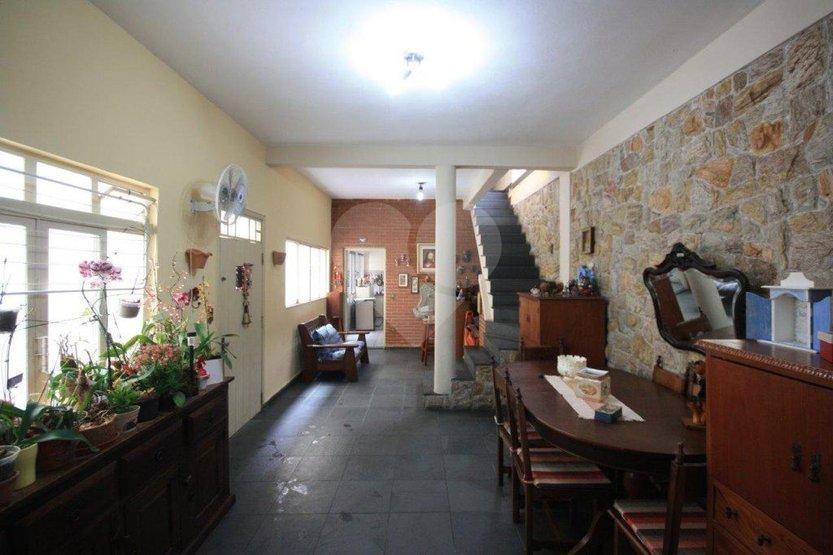 Casa de 3 dormitórios em Vila Ipojuca, São Paulo - SP
