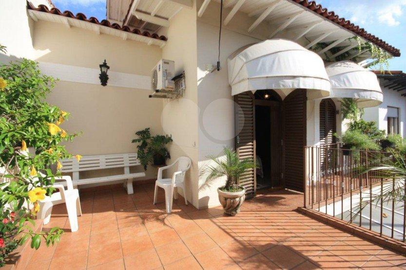 Casa de 3 dormitórios em Pinheiros, São Paulo - SP