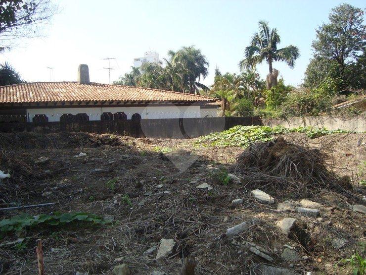 Terreno à venda em Alto De Pinheiros, São Paulo - SP