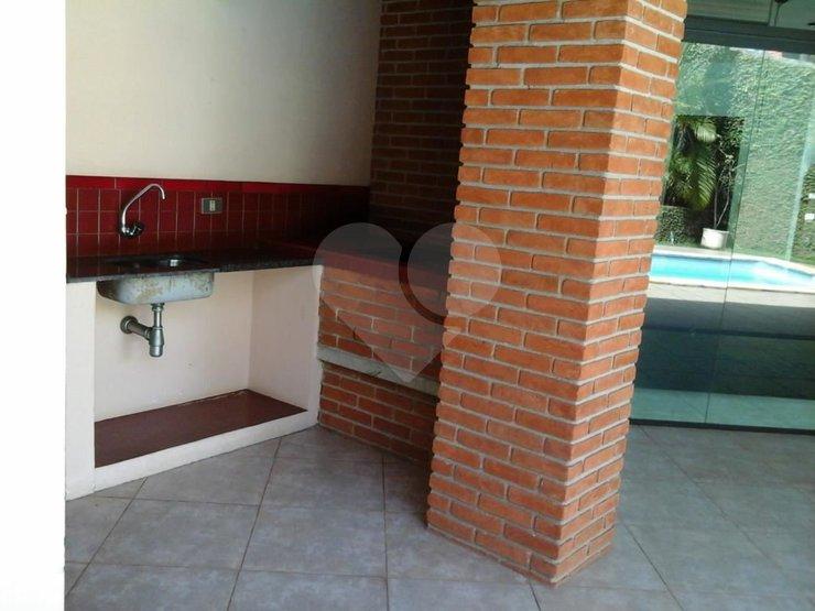Casa de 4 dormitórios à venda em Vila Sônia, São Paulo - SP