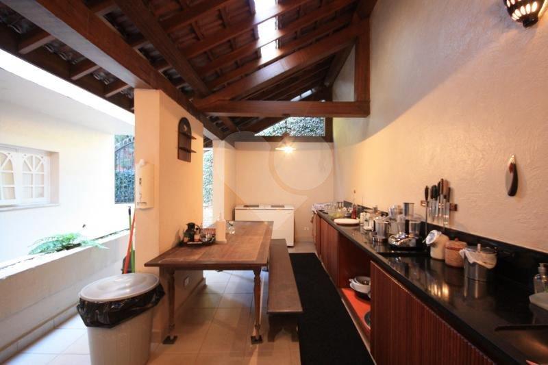 Casa de 4 dormitórios em Jardim Everest, São Paulo - SP