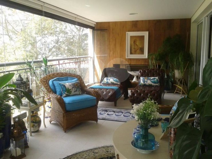 Apartamento de 4 dormitórios em Jardim Vitória Régia, São Paulo - SP