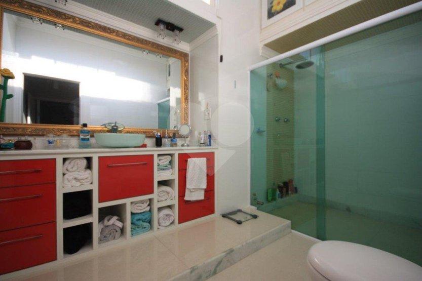 Casa de 4 dormitórios à venda em Pinheiros, São Paulo - SP